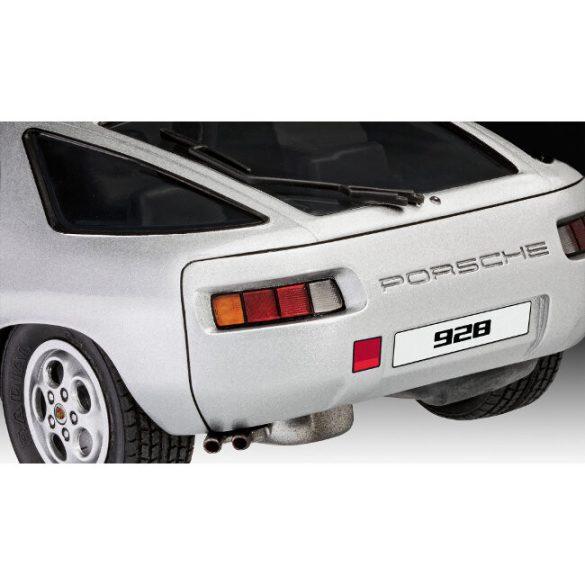 Porsche 928 car mock-up