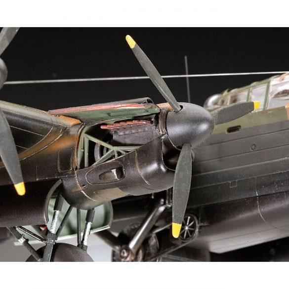 Lancaster B.III Dambusters bomber flight mock-up